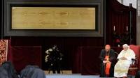 ミラノ大聖堂の聖骸布.jpg